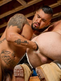 Video: Brian Bonds and Boomer Banks at club dungeon