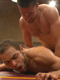 Video: abel archer versus brock avery at naked kombat