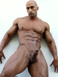 Video: Now That's a Bodybuilder - Rico Cane